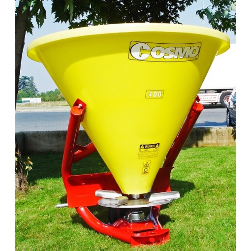 spreader with plastic hopper